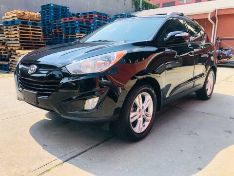2013 Hyundai Tucson for sale at 1NCE DRIVEN in Easton PA