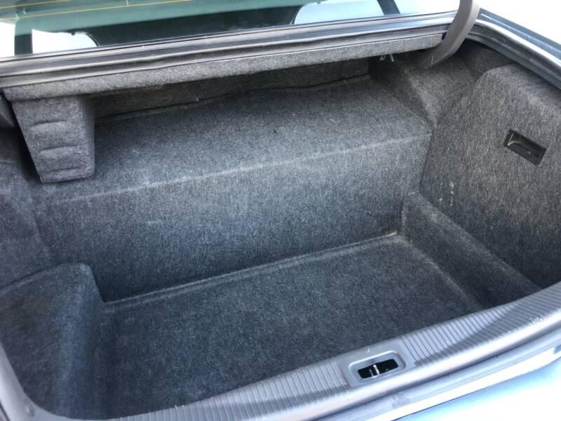 2004 Lincoln Town Car Ultimate 4dr Sedan - Wilmington MA
