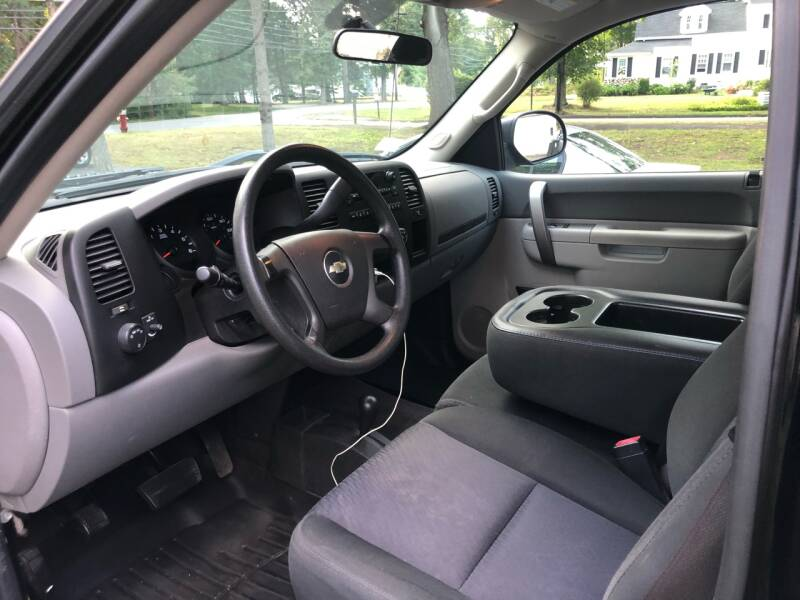 2010 Chevrolet Silverado 1500 4x4 Work Truck 2dr Regular Cab 6.5 ft. SB - Wilmington MA