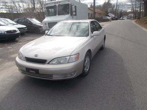 1999 Lexus ES 300 for sale at STURBRIDGE CAR SERVICE CO in Sturbridge MA