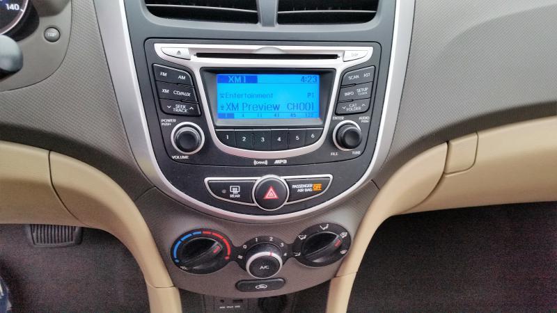 2012 Hyundai Accent GLS 4dr Sedan - Lakewood WA