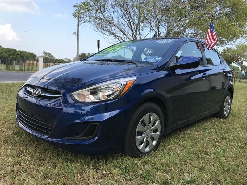 2017 HYUNDAI ACCENT SE 4DR SEDAN 6A blue 2017 hyundai accent segls   1 owner factory warranty 5k