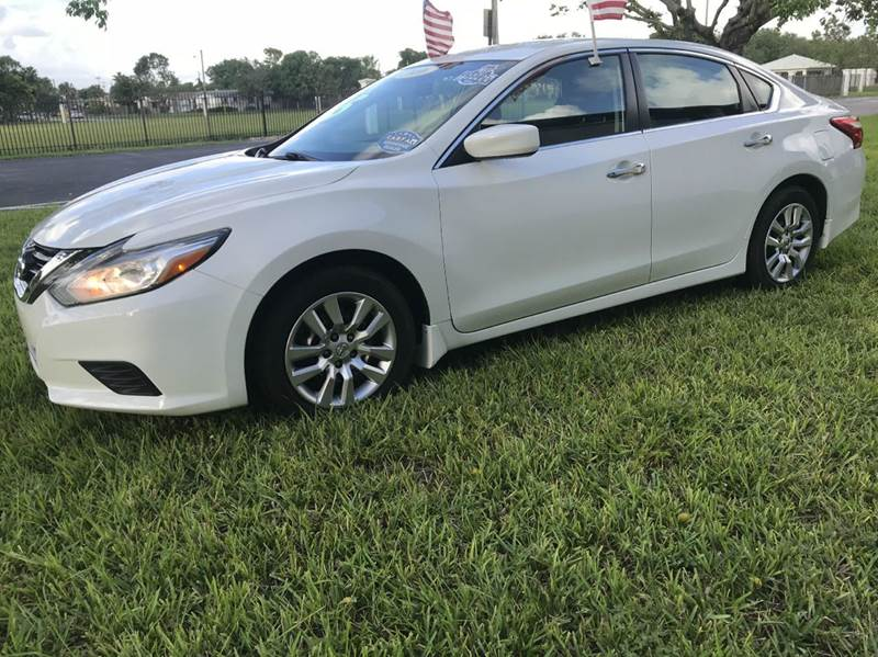 2016 NISSAN ALTIMA 25 SL 4DR SEDAN whit 2016 nissan altima sv   eco boost sport this vehicle is