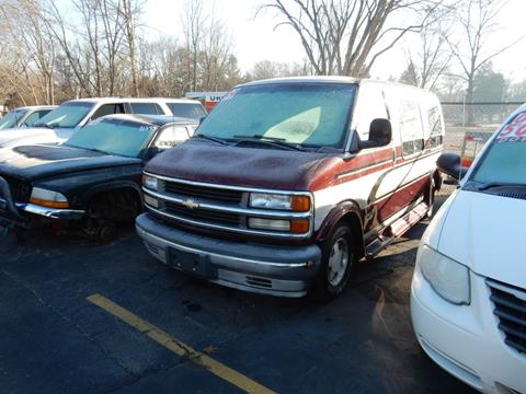 1999 Chevrolet Express for sale in Mishawaka, IN