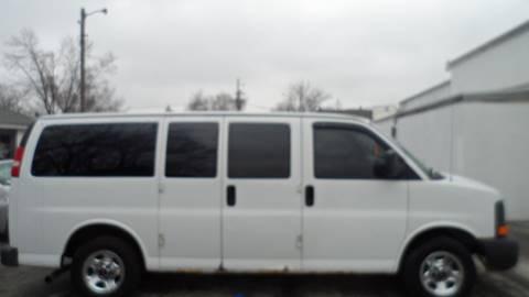 2004 GMC Savana Passenger for sale in Bloomington, IL