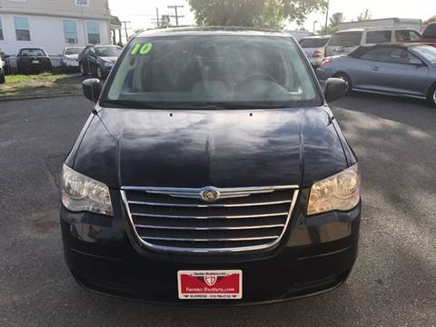2010 Chrysler Town and Country for sale in Elkridge, MD