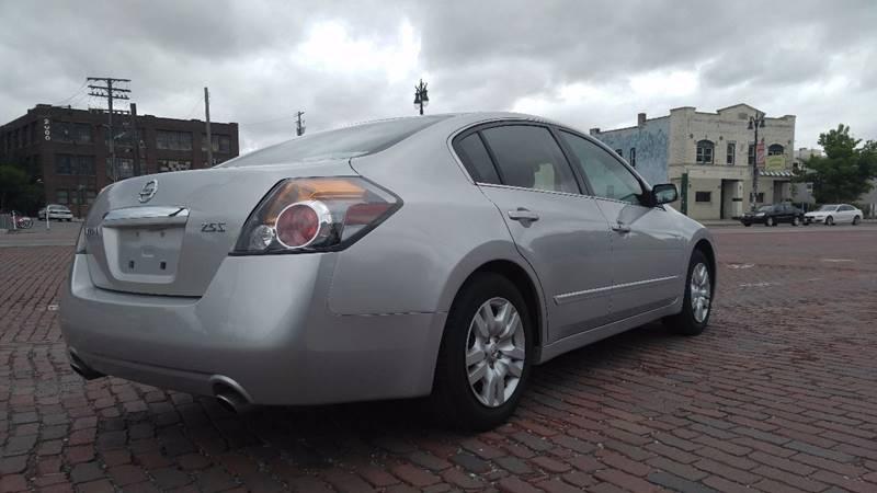 2009 Nissan Altima 2.5 S 4dr Sedan CVT - Detroit MI