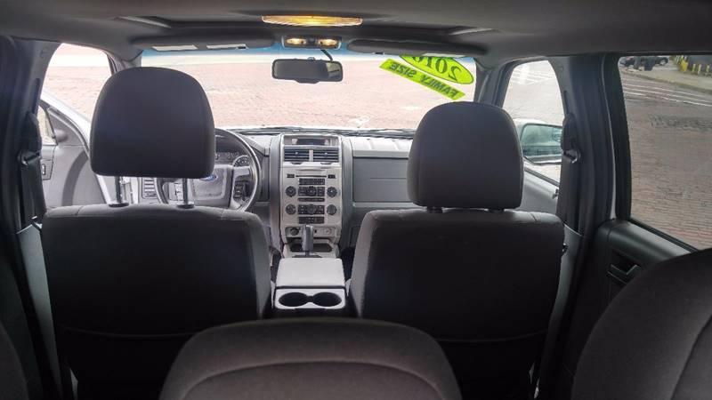 2010 Ford Escape AWD XLT 4dr SUV - Detroit MI