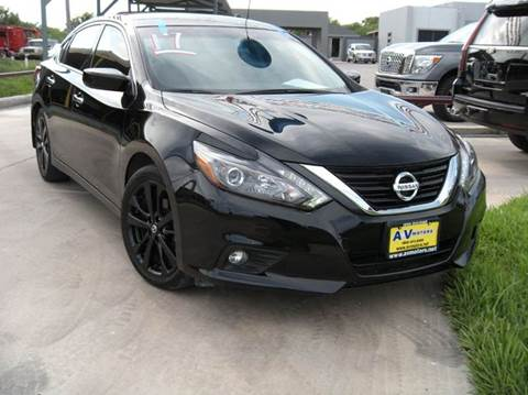 2017 Nissan Altima for sale at A & V MOTORS in Hidalgo TX