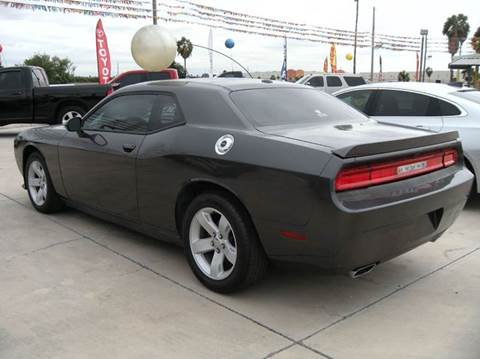2013 Dodge Challenger for sale at A & V MOTORS in Hidalgo TX