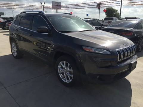 2014 Jeep Cherokee for sale at A & V MOTORS in Hidalgo TX