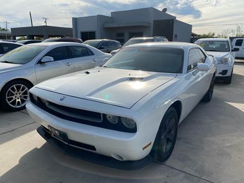 2010 Dodge Challenger for sale at A & V MOTORS in Hidalgo TX