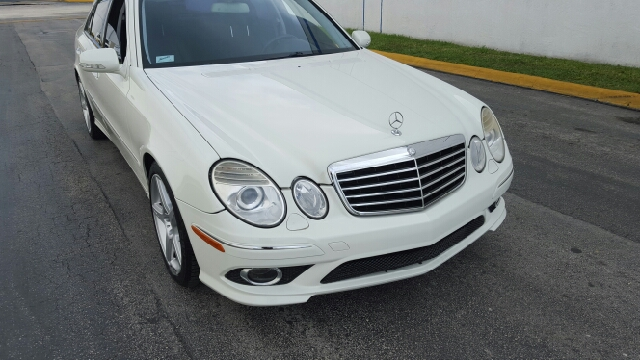 2009 Mercedes-Benz E-Class for sale at HD CARS INC in Hollywood FL