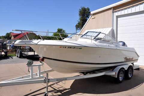 2000 Wellcraft 210 Sportsman