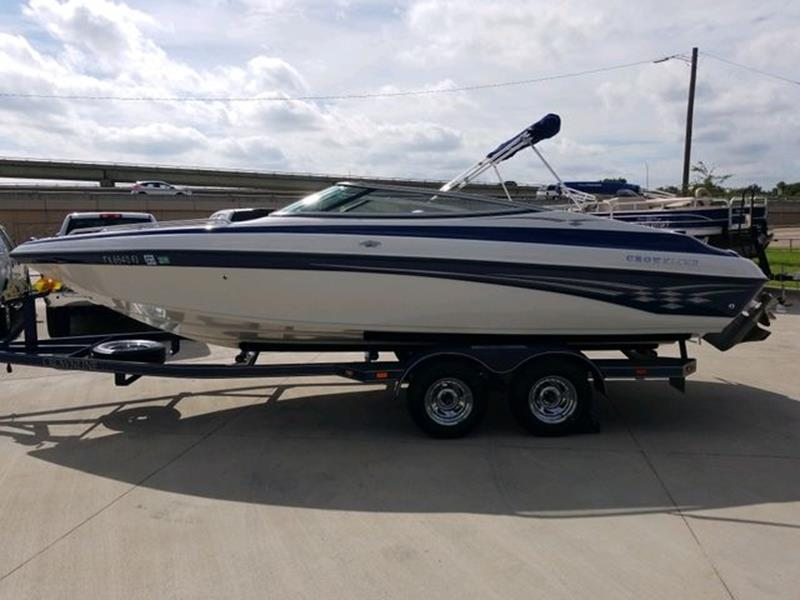 2002 Crownline Boats 225 BR for sale at Kell Auto Sales, Inc - Grace Street in Wichita Falls TX