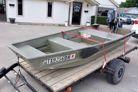 2013 Tracker Boat with Mercury Motor