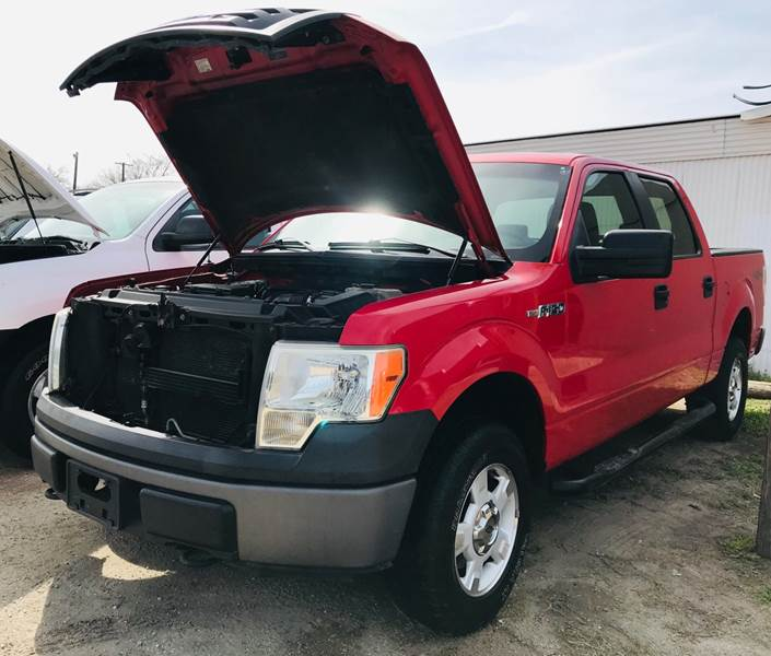 Toyota Dealer Quad Cities: 2009 Ford F-150 4x4 XLT 4dr SuperCrew Styleside 5.5 Ft. SB