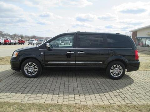 2014 Chrysler Town and Country for sale in Audubon, IA