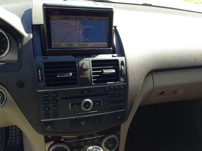 2011 Mercedes-Benz C-Class C 300 Luxury 4MATIC AWD 4dr Sedan - Saint Francis WI