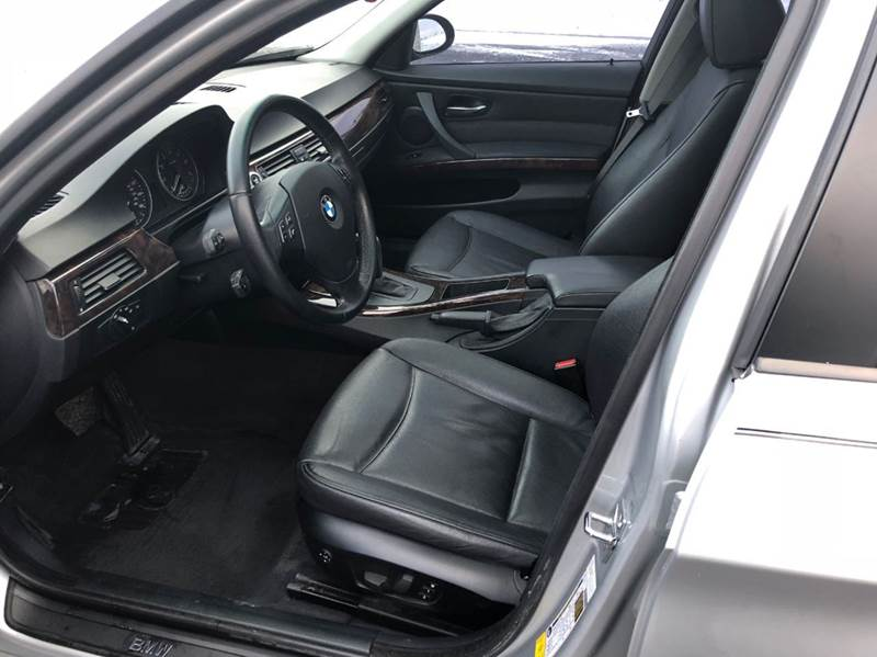 2007 BMW 3 Series 328i 4dr Sedan - Saint Francis WI