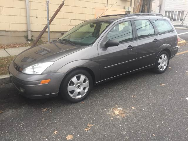 2002 ford focus ztw 4dr wagon in garfield nj mike 39 s auto. Black Bedroom Furniture Sets. Home Design Ideas