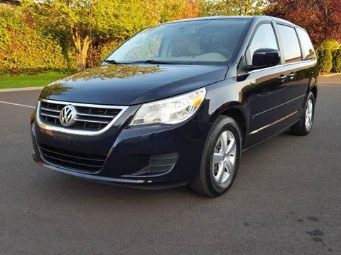 2010 Volkswagen Routan for sale at Beaverton Auto Wholesale LLC in Aloha OR