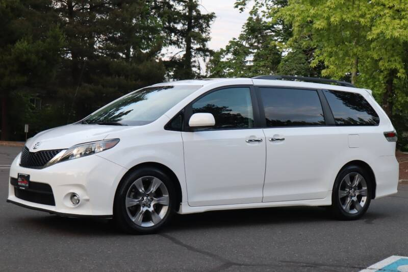 2014 Toyota Sienna for sale at Beaverton Auto Wholesale LLC in Aloha OR