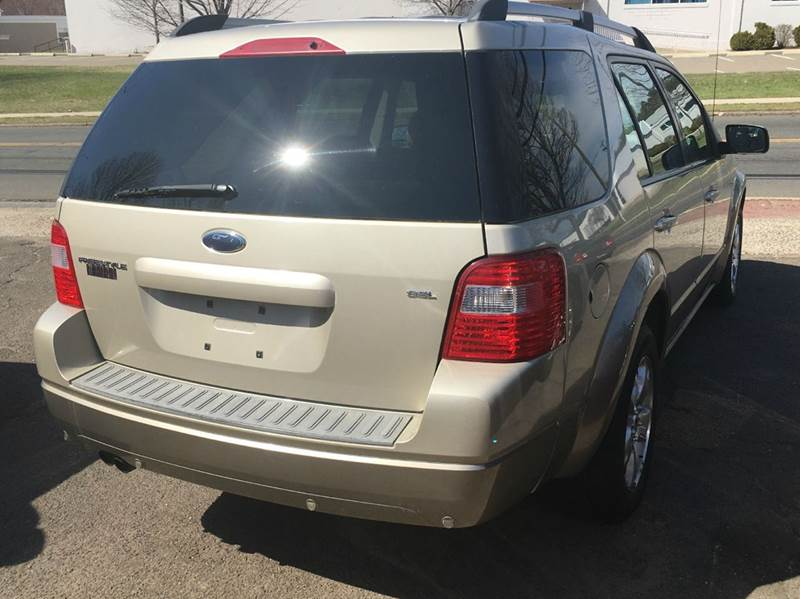 2006 Ford Freestyle SEL 4dr Wagon - Hamden CT
