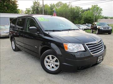 2008 Chrysler Town and Country for sale in Newark, OH