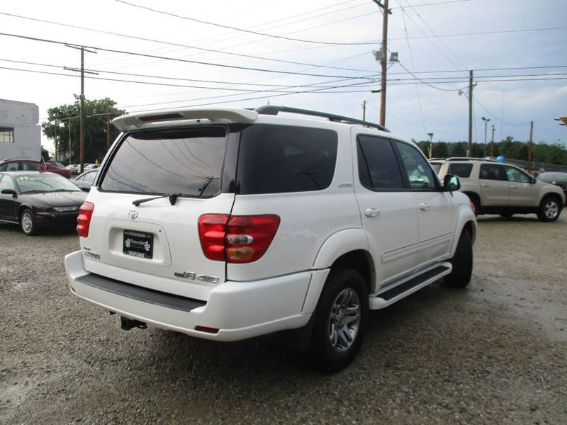 2003 Toyota Sequoia Limited 4WD 4dr SUV - Newark OH
