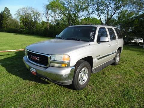 2004 GMC Yukon for sale at LA PULGA DE AUTOS in Dallas TX