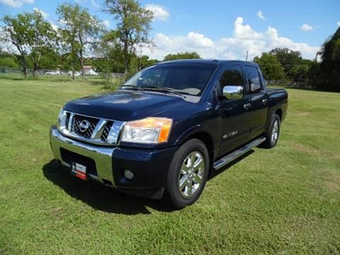 2008 Nissan Titan for sale at LA PULGA DE AUTOS in Dallas TX