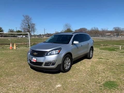 2015 Chevrolet Traverse LT for sale at LA PULGA DE AUTOS in Dallas TX