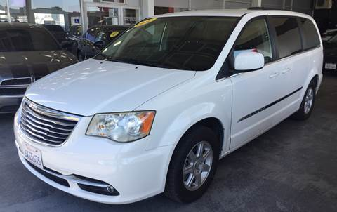 2011 Chrysler Town and Country for sale in Davis, CA