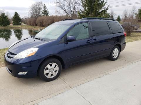 2006 Toyota Sienna for sale at Exclusive Automotive in West Chester OH