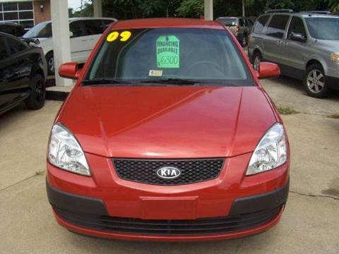 2009 Kia Rio for sale at RODRIGUEZ MOTORS LLC in Fredericksburg VA