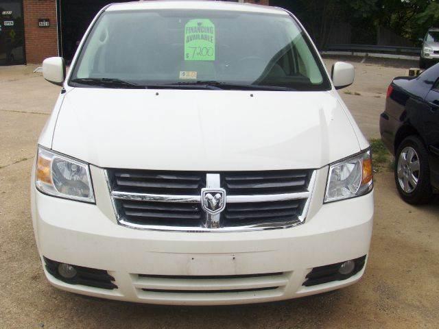 2008 Dodge Grand Caravan for sale at RODRIGUEZ MOTORS LLC in Fredericksburg VA