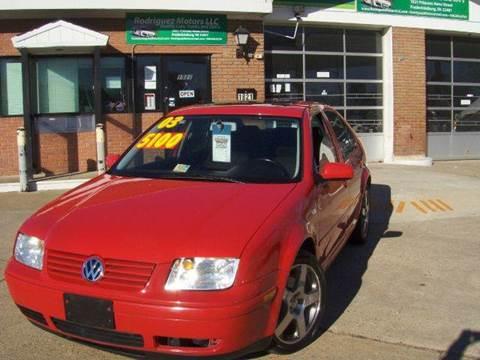 2003 Volkswagen Jetta for sale at RODRIGUEZ MOTORS LLC in Fredericksburg VA