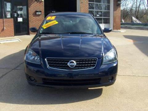 2005 Nissan Altima for sale at RODRIGUEZ MOTORS LLC in Fredericksburg VA