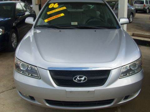 2006 Hyundai Sonata for sale at RODRIGUEZ MOTORS LLC in Fredericksburg VA