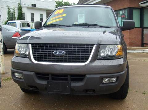 2004 Ford Expedition for sale at RODRIGUEZ MOTORS LLC in Fredericksburg VA