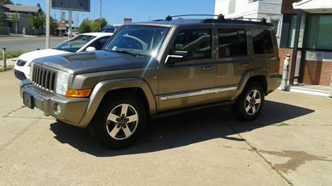 2006 Jeep Commander for sale at RODRIGUEZ MOTORS LLC in Fredericksburg VA