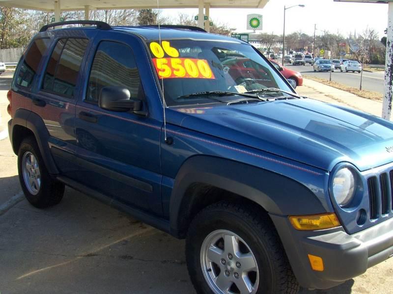 2006 Jeep Liberty for sale at RODRIGUEZ MOTORS LLC in Fredericksburg VA
