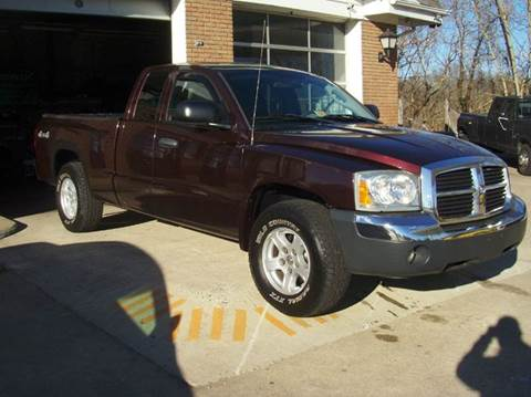 2005 Dodge Dakota for sale at RODRIGUEZ MOTORS LLC in Fredericksburg VA