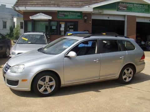2009 Volkswagen Jetta for sale at RODRIGUEZ MOTORS LLC in Fredericksburg VA
