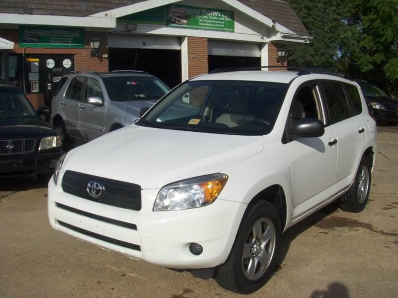 2007 Toyota RAV4 for sale at RODRIGUEZ MOTORS LLC in Fredericksburg VA