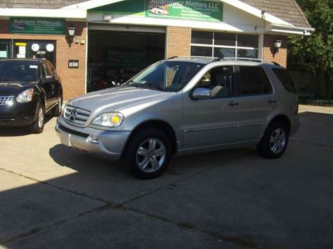 2005 Mercedes-Benz M-Class for sale at RODRIGUEZ MOTORS LLC in Fredericksburg VA
