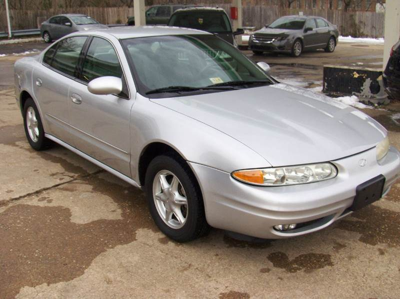 2001 oldsmobile alero gl 4dr sedan in fredericksburg va rodriguez motors llc 2001 oldsmobile alero gl 4dr sedan in