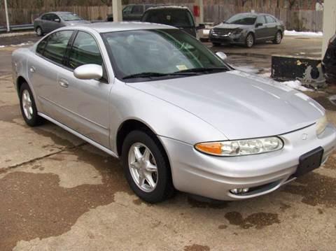 2001 Oldsmobile Alero for sale at RODRIGUEZ MOTORS LLC in Fredericksburg VA