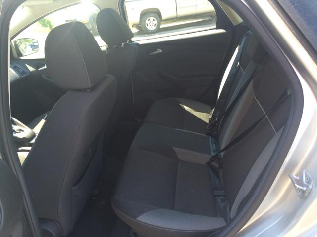 2013 Ford Focus SE 4dr Hatchback - Barre VT